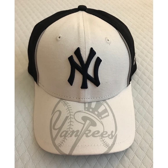 3a876c68 9FORTY adjustable NY Yankees Hat. 9FORTY. M_5b8b12eef30369b00ebcfb9e.  M_5b8b1314153795c3d43c30a2. M_5b8b131574359b6f7f26afdf.  M_5b8b13175bbb80d48dd3c018